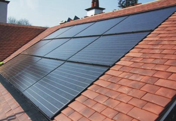 Aria Nel Pannello Solare : Pannelli solari termoidraulica maestrini